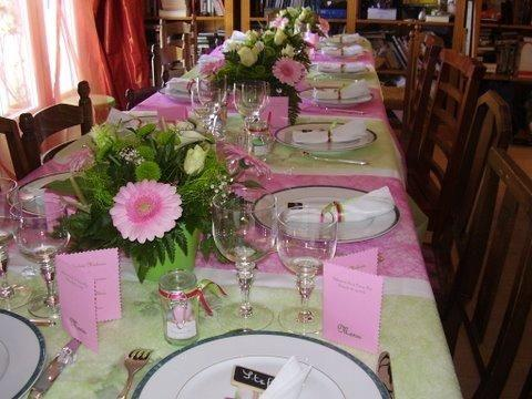 Table De Communion Fuchsia Et Vert Anis